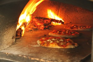 Brava! Pizzaria Catering - Mobile Pizza Oven